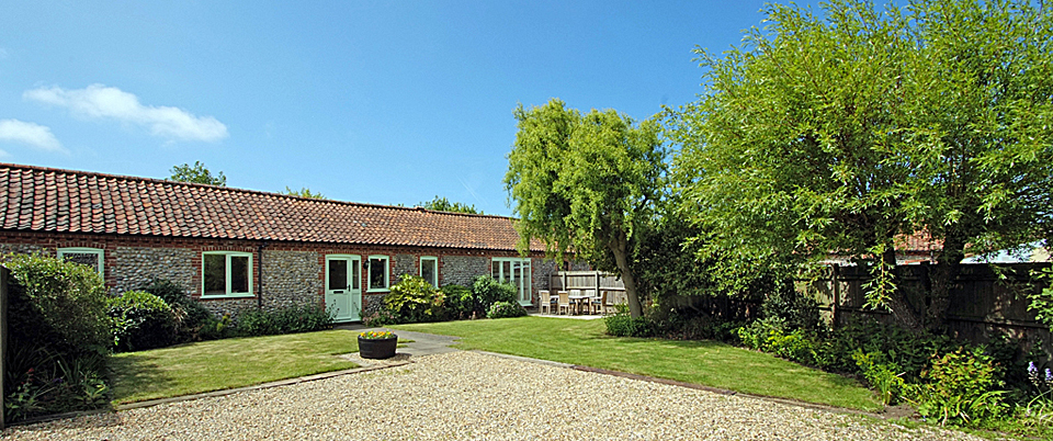 Priory Cottage at Abbey Farm Holiday cottages in Norfolk