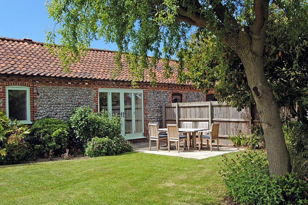 Priory Cottage at Abbey Farm Holiday cottages, Beeston Regis, North Norfolk